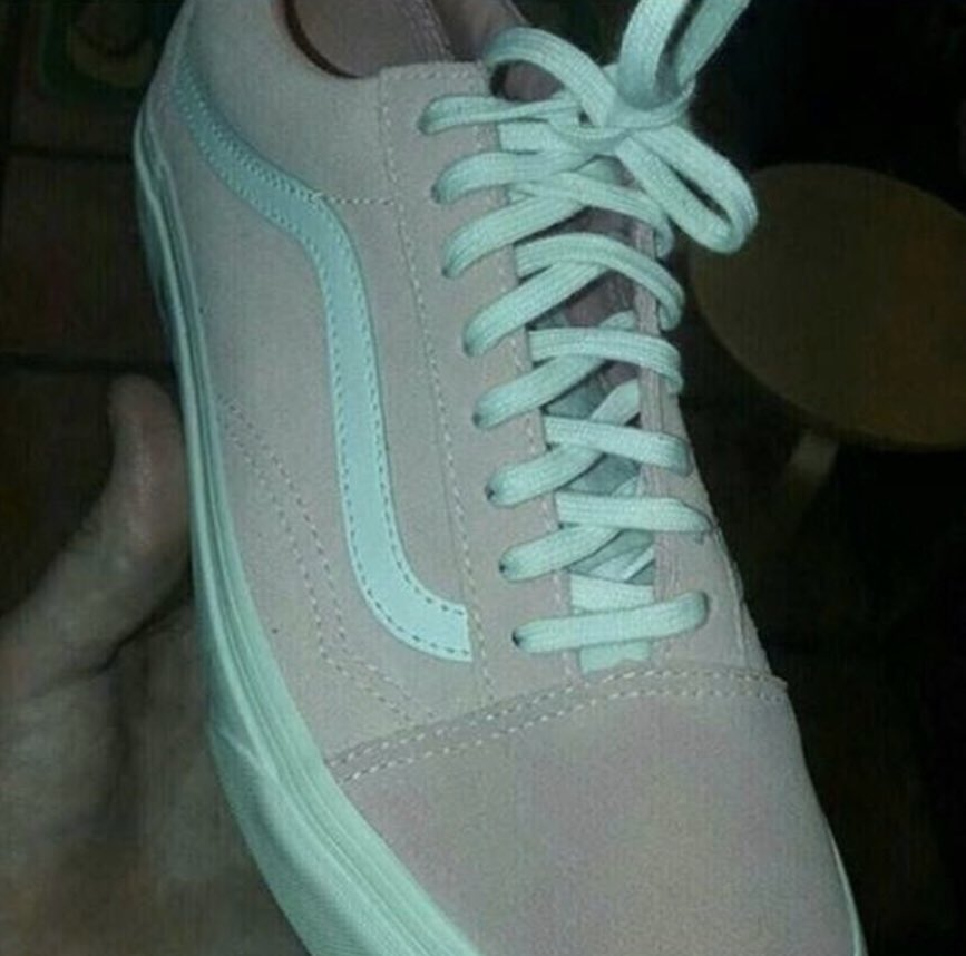 See Pink and White or Teal and Gray