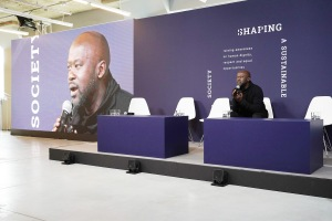 """NEW YORK, NEW YORK - NOVEMBER 08: Sir David Adjaye speaks during Prada """"Shaping a Sustainable Future Society"""" conference in New York on November 08, 2019 in New York City. (Photo by Sean Zanni/Getty Images for Prada)"""