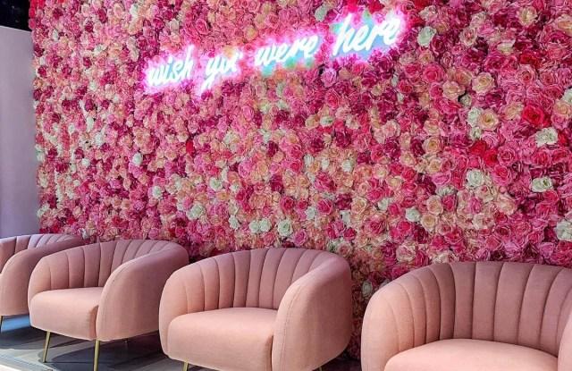 AfterBeauty Nail Nirvana flower wall
