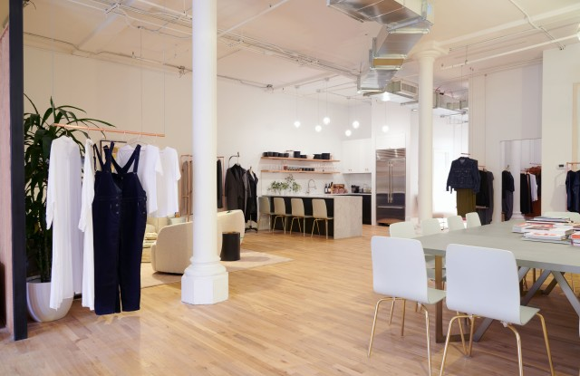 A view of the space at Universal Standard !:1 NYC.