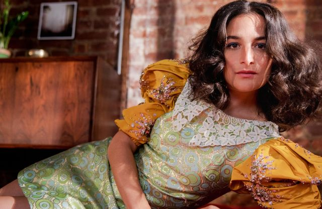 Video: Talking Fashion With Jenny Slate