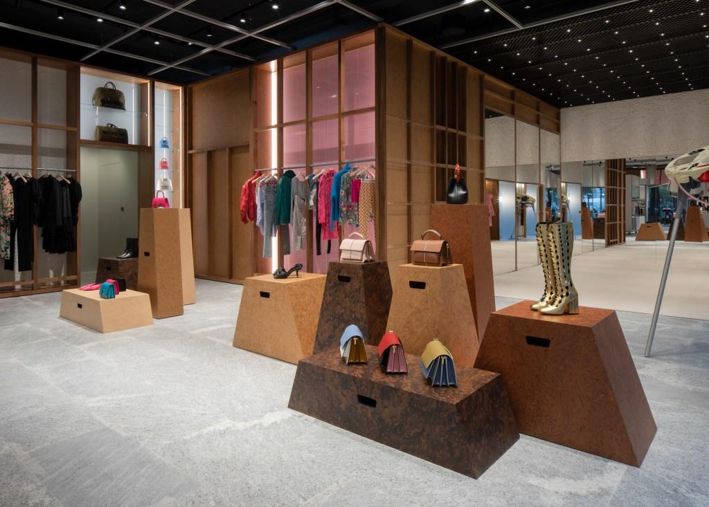 Modes Milan Store