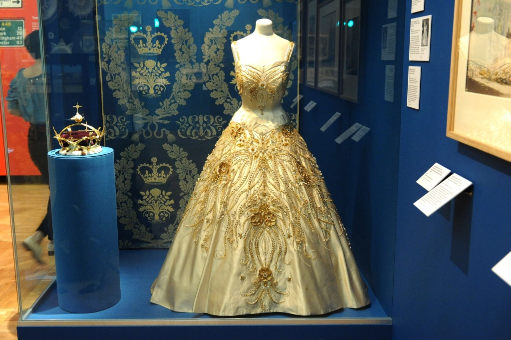 Dress for Queen Elizabeth II 'Flowers of the Fields of France'.