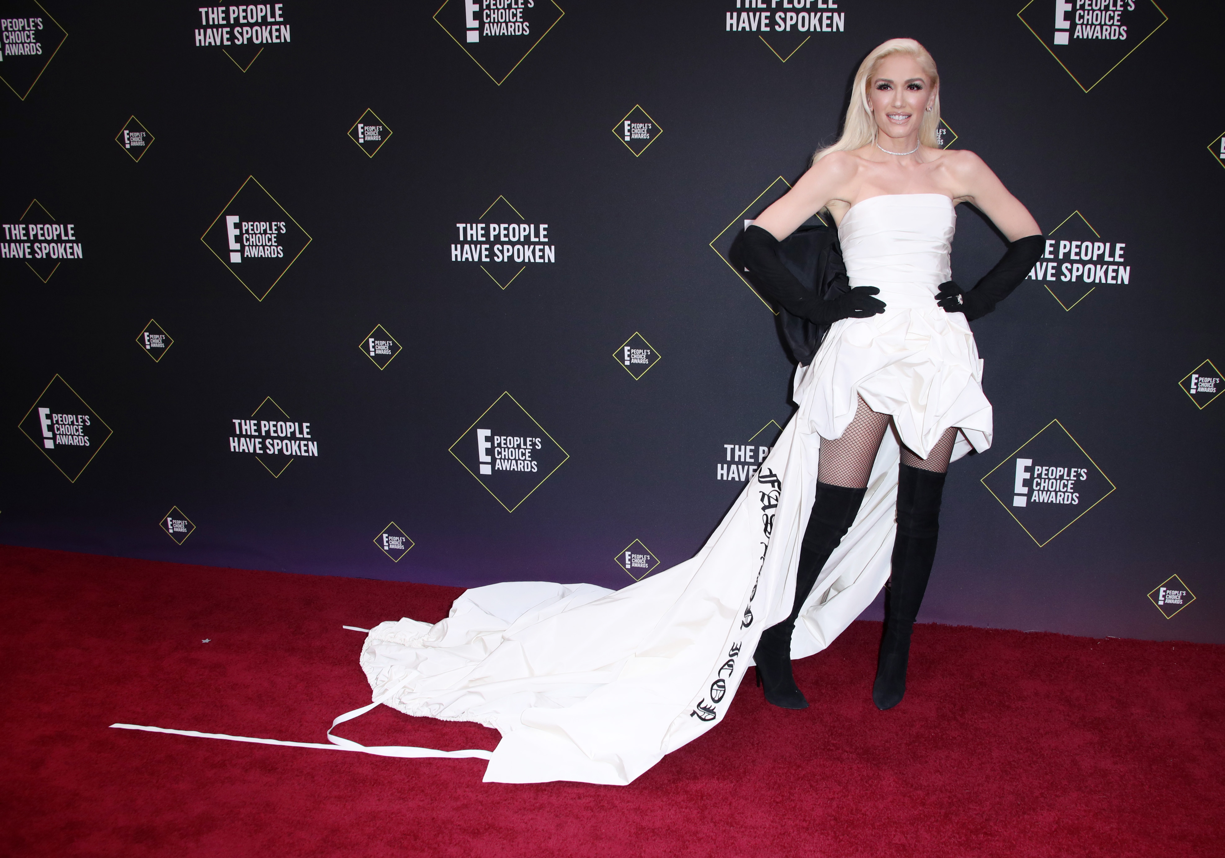 Every Look You Need to See from the People's Choice Awards 2019