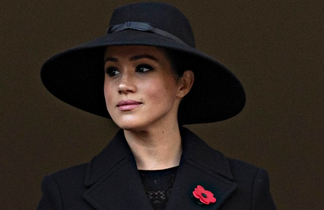 duchess of cambridge dons mcqueen for low key remembrance sunday wwd https wwd com fashion news fashion scoops duchess of cambridge dons mcqueen for low key remembrance sunday 1234653793