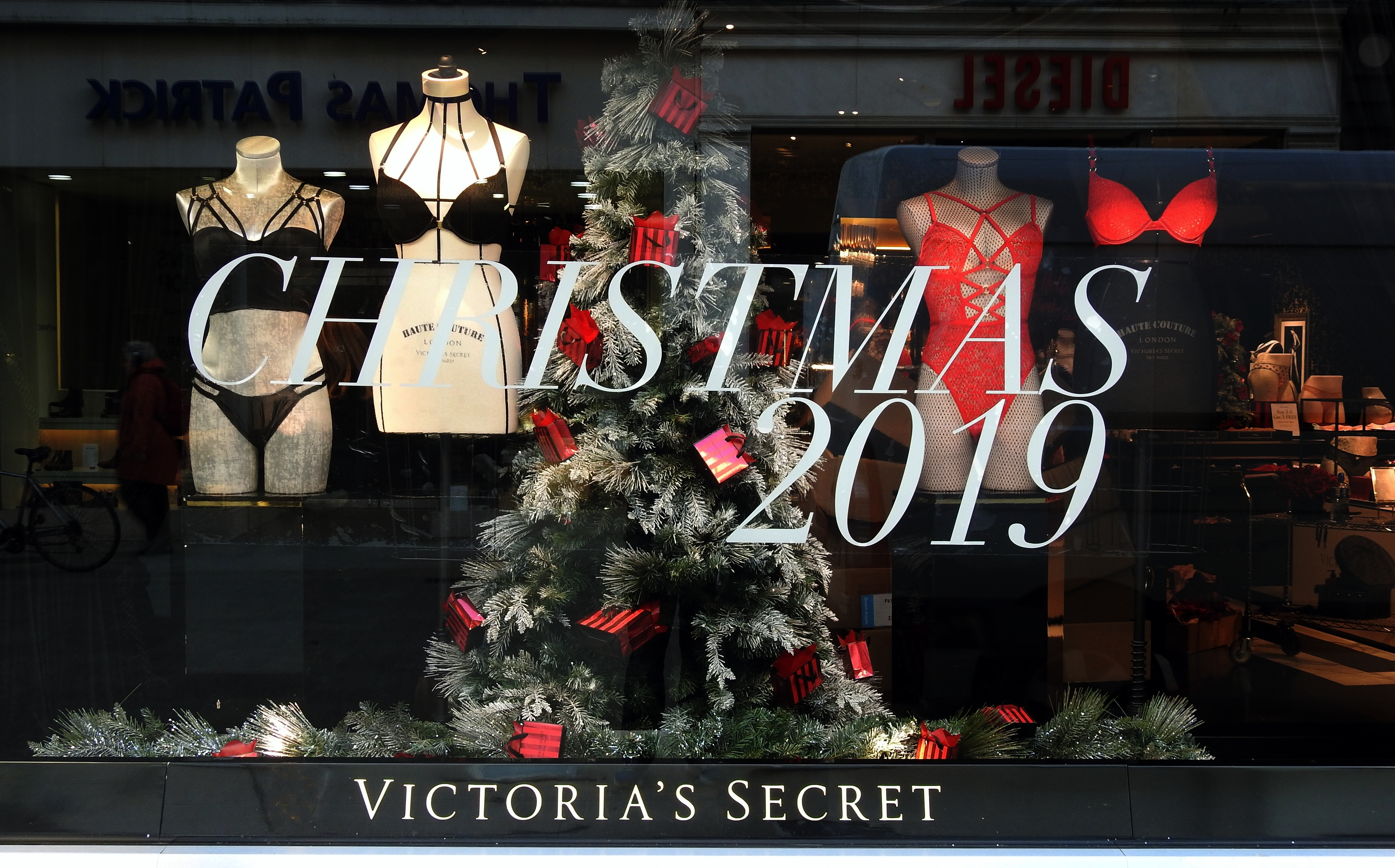 Victoria's Secret holidays