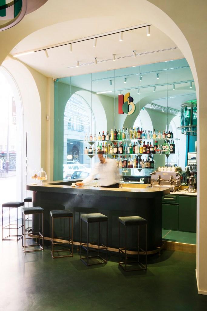 The bar counter inside Slowear 18.