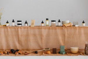 Rowse beauty products.