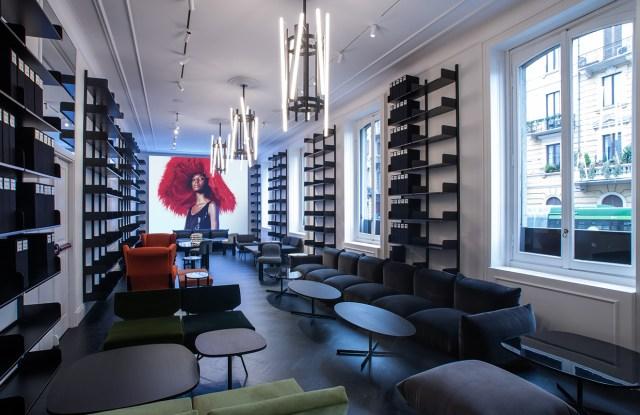 """Condé Nast Italy's """"Frame"""" store"""