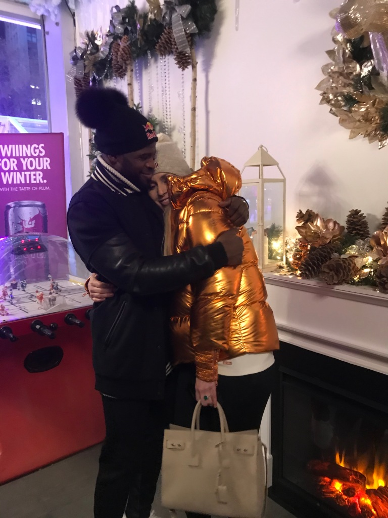 A little public show of affection between P.K. Subban and Lindsey Vonn.