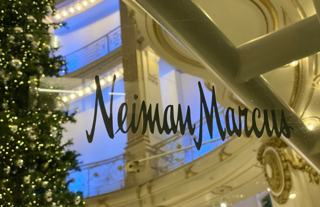 Neiman Marcus in San Francisco now features a permanently installed tech department, courtesy of Smartech.