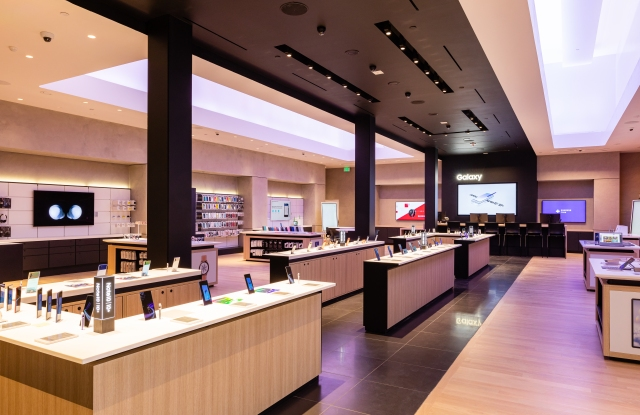 Samsung Experience Store, ahead of its opening at the Stanford Shopping Center in Palo Alto, Calif.