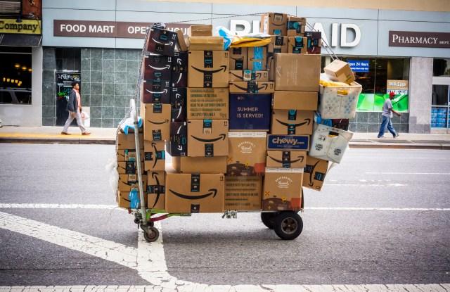holiday shopping, amazon, returns data