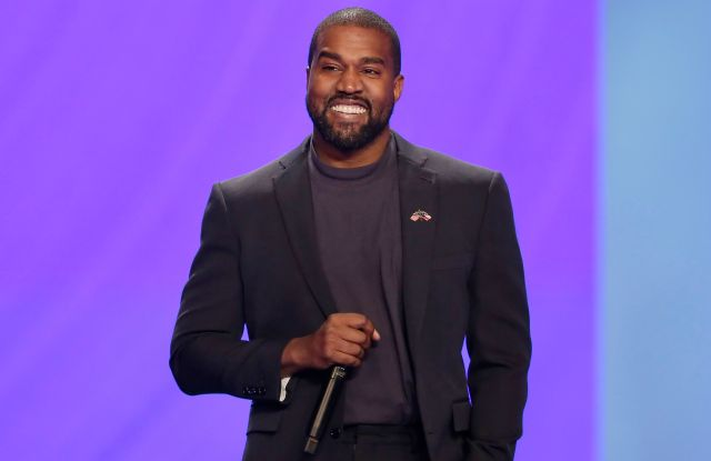 Kanye West answers questions from Sr.