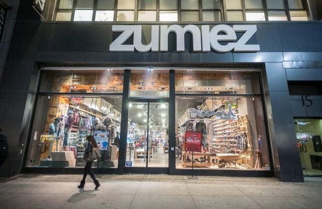 Zumiez store