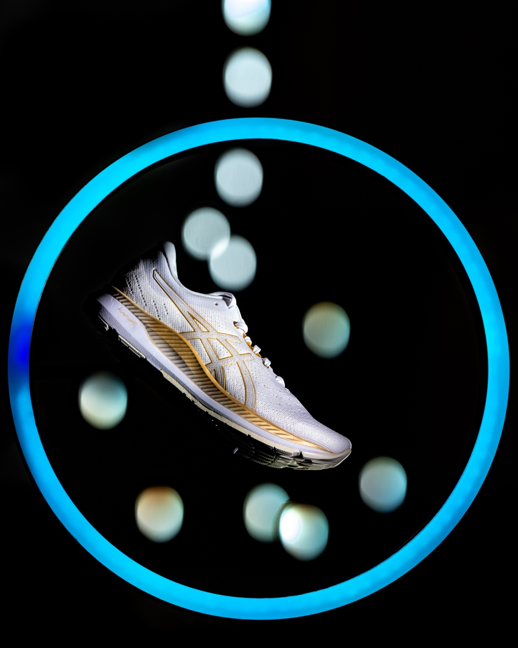 Asics showed off its new EvoRide smart shoe, which is designed to save runners' energy. The company also showcased its sports tech research from its Asics Institute of Sport Science (ISS), which looks into how tech can help people run further, faster and easier.