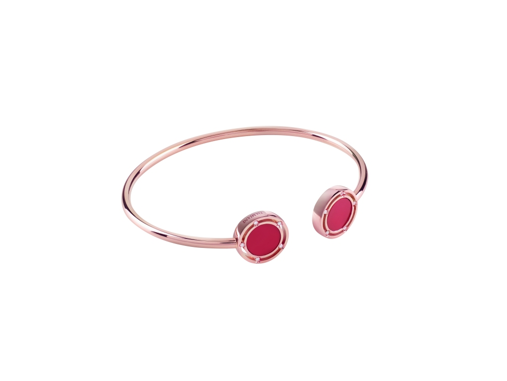 A bracelet from the Damiani D.Side collection