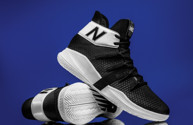 OMN1S Lights Out from New Balance.