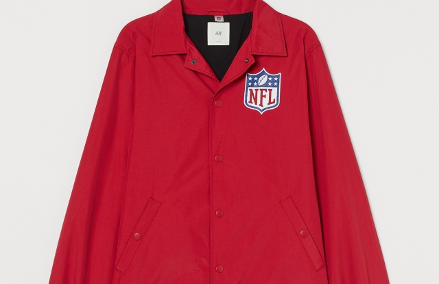 A look from the NFL x H&M collection.