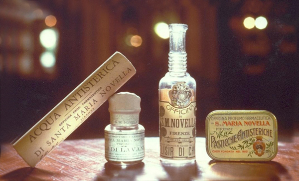 An archival image of Officina Profumo Farmaceutica di Santa Maria Novella products.