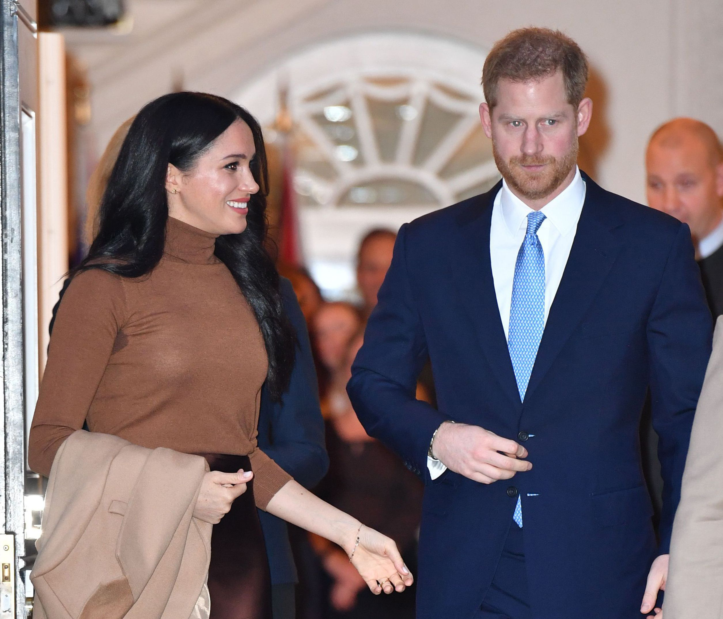 harry and meghan withdraw trademark applications plan new course wwd https wwd com fashion news fashion scoops harry and meghan withdraw sussex royal trademark applications 1203503026