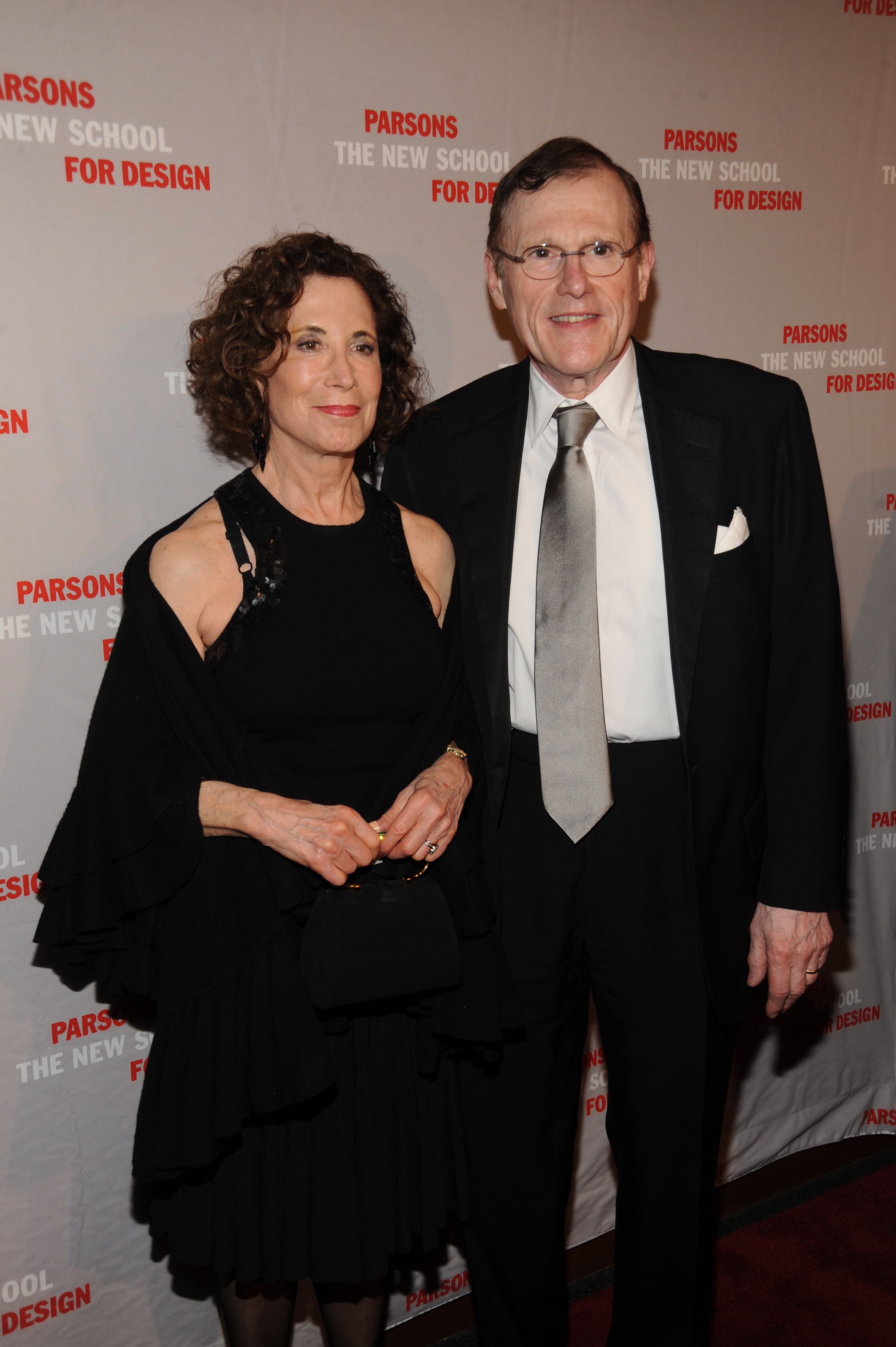 Sheila Aronson (L) and Arnold Aronson attend Parsons 2010 Fashion Benefit.Parsons 2010 Fashion Benefit, New York