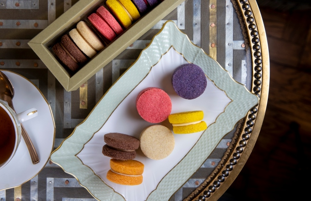 Sweets available on chef Carlo Cracco's recently launched e-commerce.