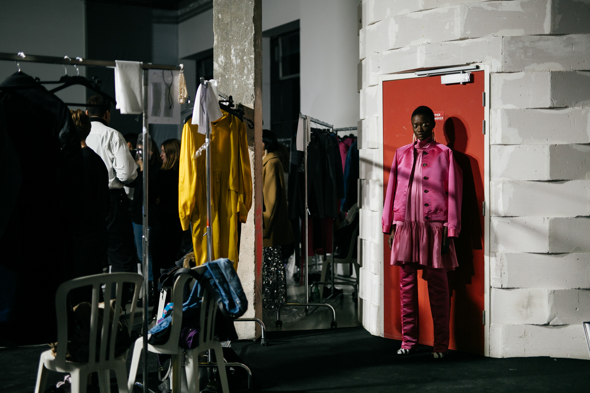 backstage-at-lutz-huelle-rtw-fall-2020-pfw-014