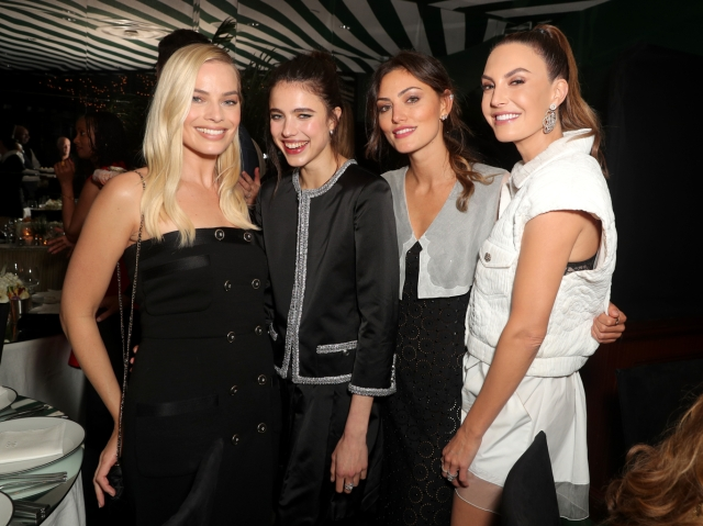 Margot Robbie, Sarah Margaret Qualley, Phoebe Tonkin and Elizabeth Chambers