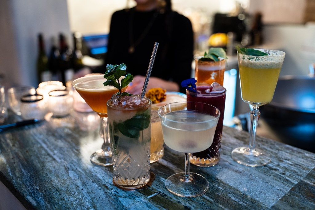 Cocktails at Dirty Lemon