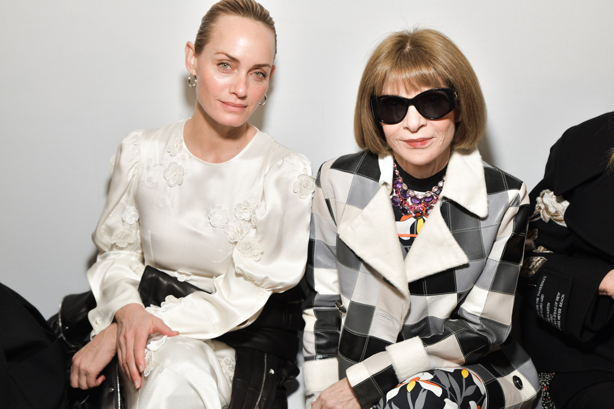 Amber Valletta and Anna Wintour in the front row