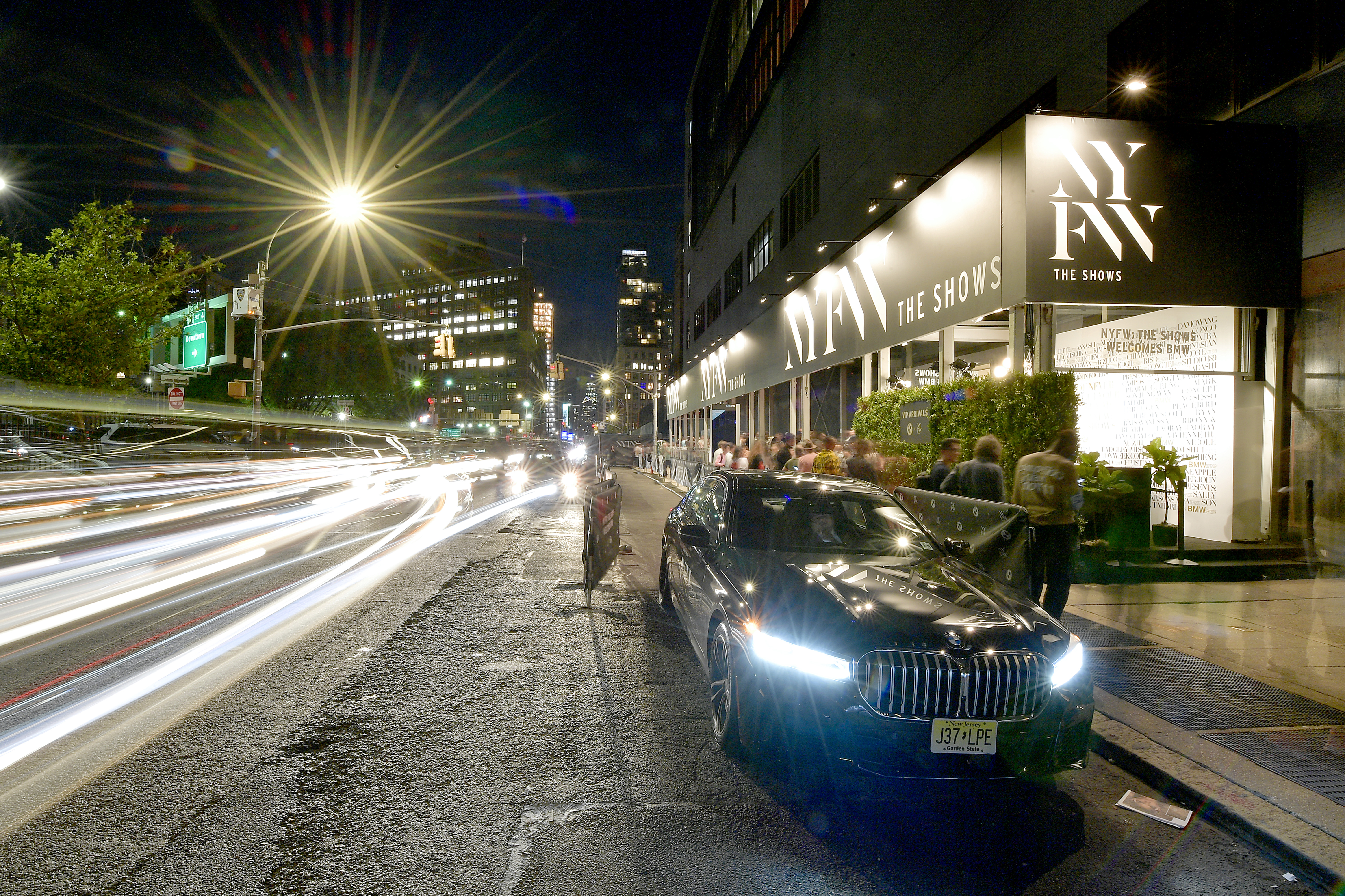 NEW YORK, NEW YORK - SEPTEMBER 08: A wide view of BMW vehicles outside the BMW x NYFW VIP check in during New York Fashion Week: The Shows at Spring Studios on September 08, 2019 in New York City. (Photo by Roy Rochlin/Roy Rochlin)