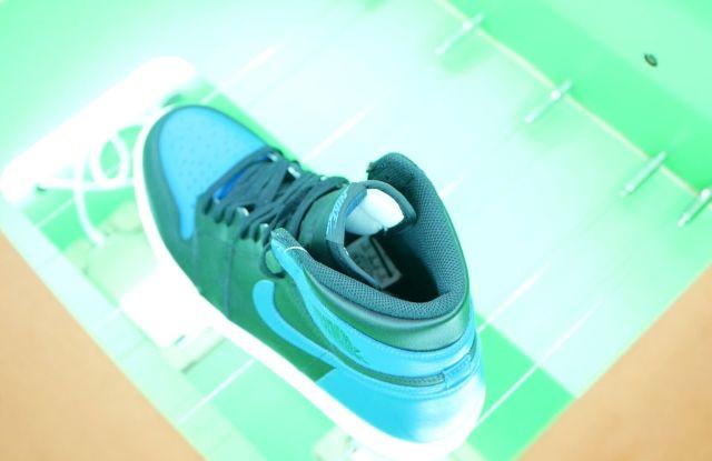 sneakers, resale, authentication, tech