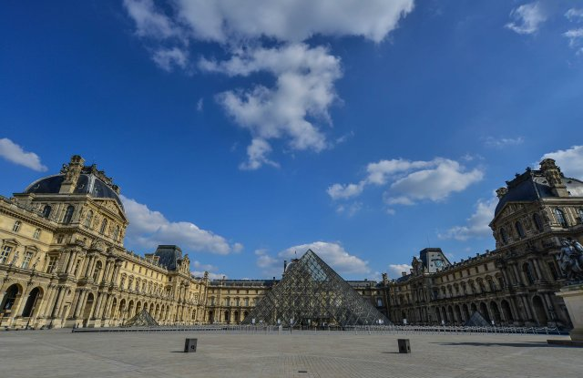 Louvre Museum closed, following the confinement announcements by French government, due to the coronavirus pandemic, the streets of Paris are empty, monuments, stores and public gardens closed on March 19 2020 in ParisCoronavirus outbreak, Paris, France - 22 Mar 2020