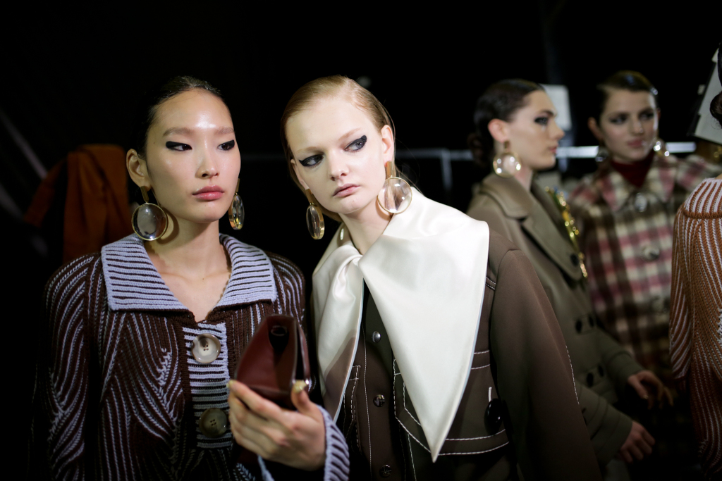 Backstage at Marco De Vincenzo RTW Fall 2020