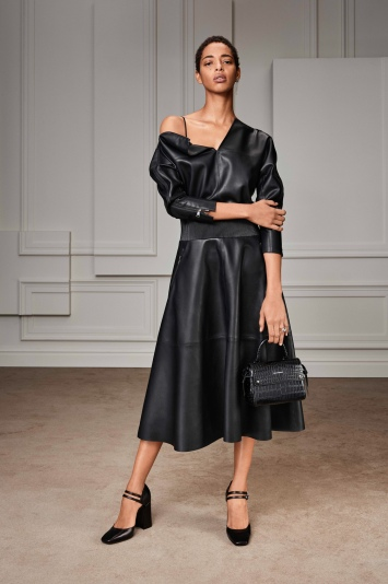 karl-lagerfeld-preview-rtw-fall-2020-pfw-021