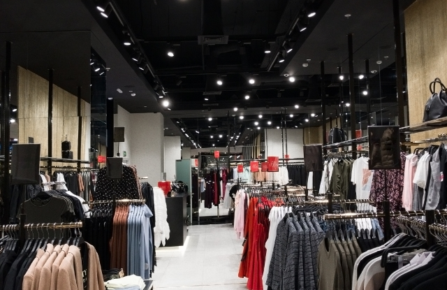 Clothes stores employment