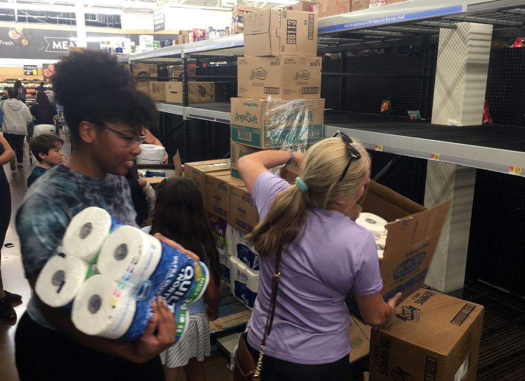Walmart shopping during the coronavirus
