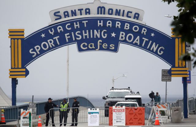 coronavirus santa monica pier closed