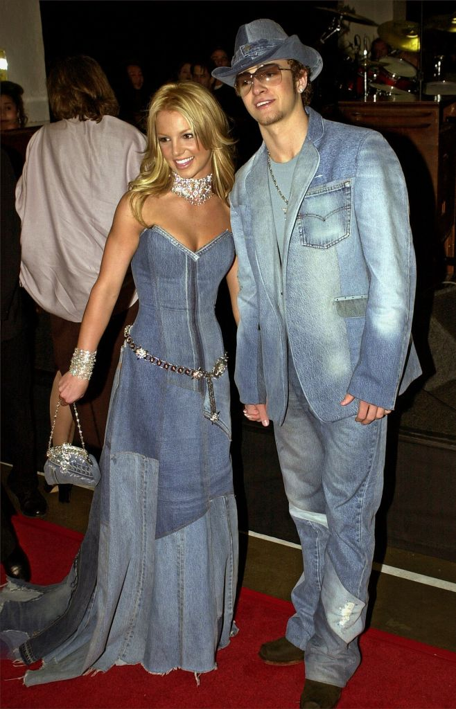 SPEARS TIMBERLAKE Show host Britney Spears, left, and Justin Timberlake of N'Sync arrive at the 28th Annual American Music Awards in Los AngelesAMERICAN MUSIC AWARDS, LOS ANGELES, USA