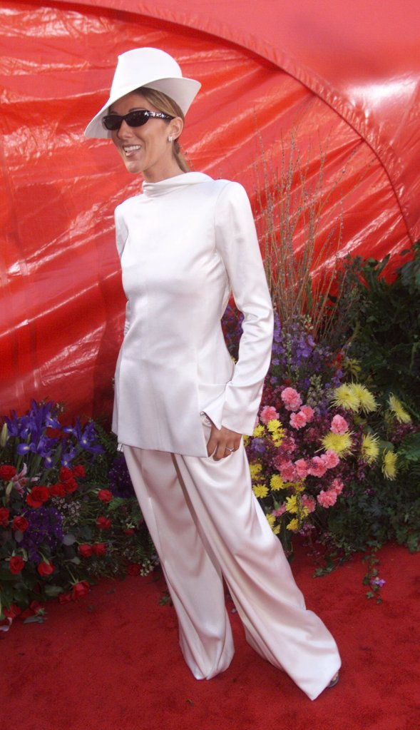 """DION Celine Dion, nominated for best song with """"The Prayer"""" from the movie Quest for Camelot, arrives at the 71st Annual Academy Awards at the Dorothy Chandler Pavilion of the Los Angeles Music CenterOSCARS, LOS ANGELES, USA"""