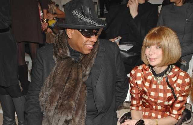 Andre Leon Talley (L) and Vogue's Anna Wintour attend Peter Som's fall 2008 runway show at Bryant Park's Promenade in New York City.