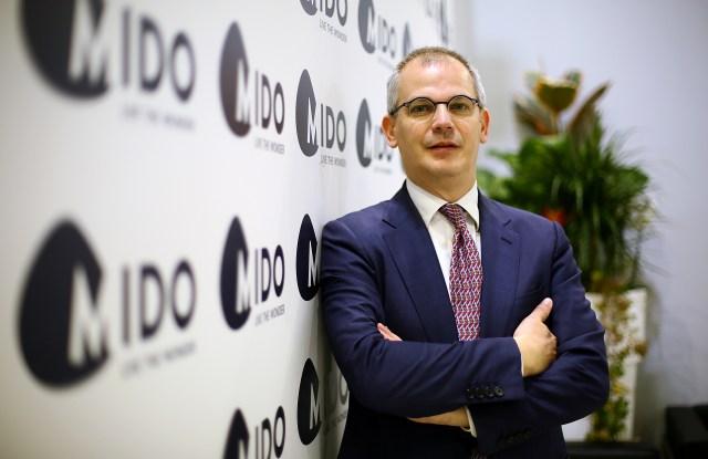 Anfao and Mido's president Giovanni Vitaloni.