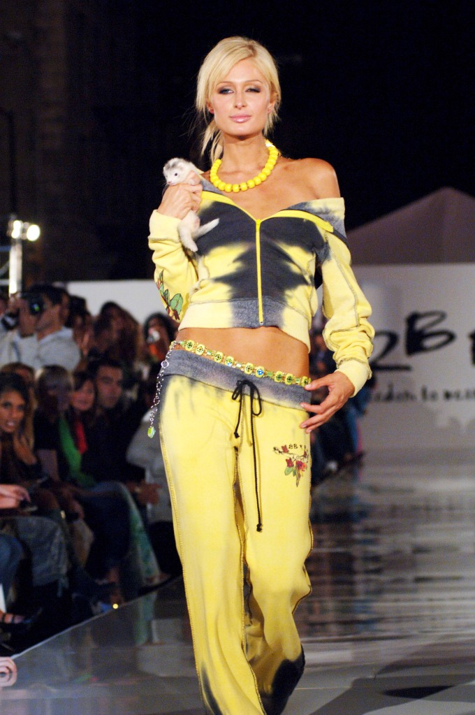 Paris Hilton'2 BE FREE' FASHION SHOW, SPRING / SUMMER 2006, LOS ANGELES, AMERICA - 15 OCT 2005