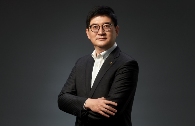 Xiaodong Chen, president and chief executive officer at Alibaba's Intime Retail Group