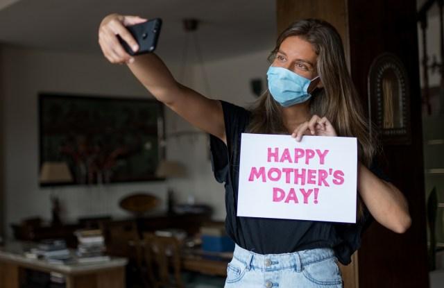 coronavirus, mother's day