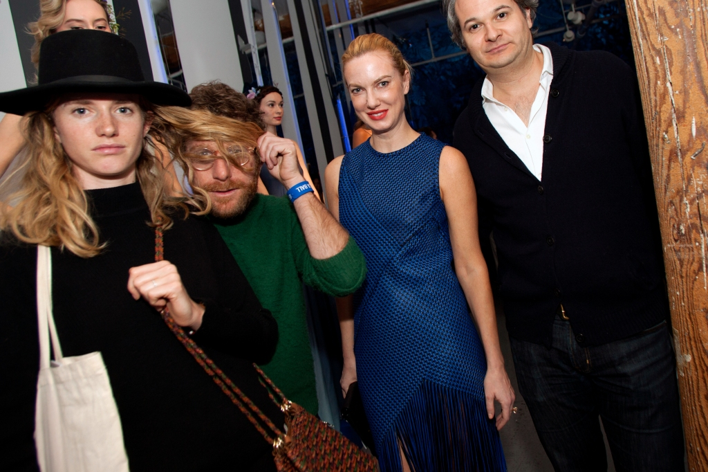 Dustin Yellin, Polina Proshkina, Yan Assoun