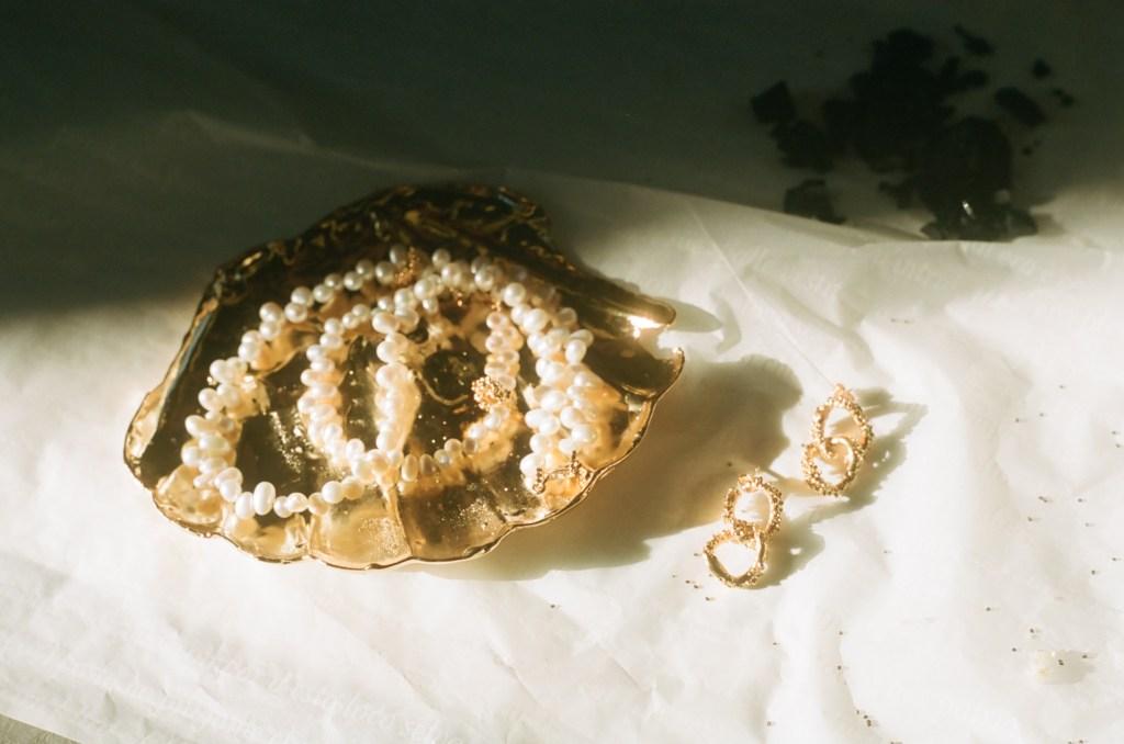 Alighieri's sea shell dish
