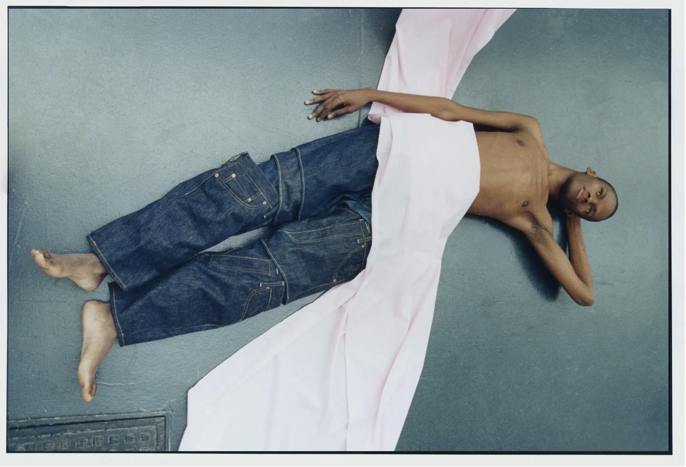 A look from Levi's 501 jeans x Feng Chen Wang campaign