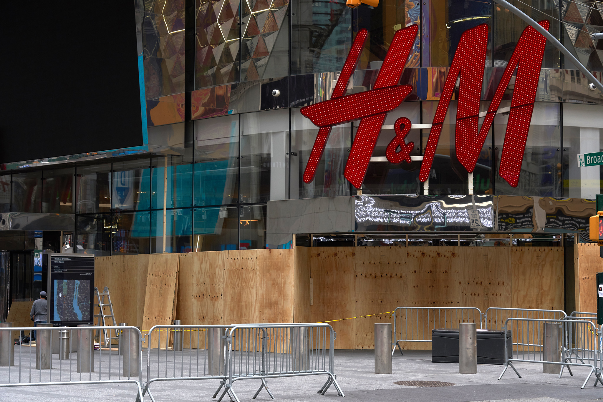 H&M is boarded up in Herald Square, New York.